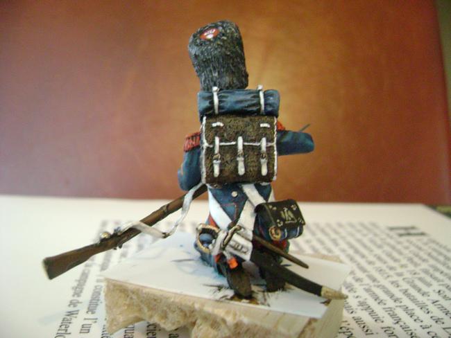 la vielle garde à waterloo - Page 2 Grenadier51
